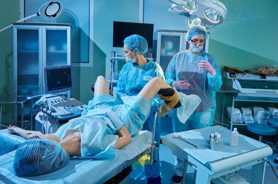 гинекологические процедуры видео жена застукала